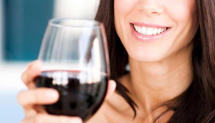 10-beneficios-del-vino-tinto-para-tu-salud-jamones-simeon-2