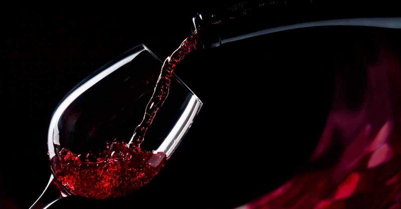 10-beneficios-del-vino-tinto-para-tu-salud-jamones-simeon