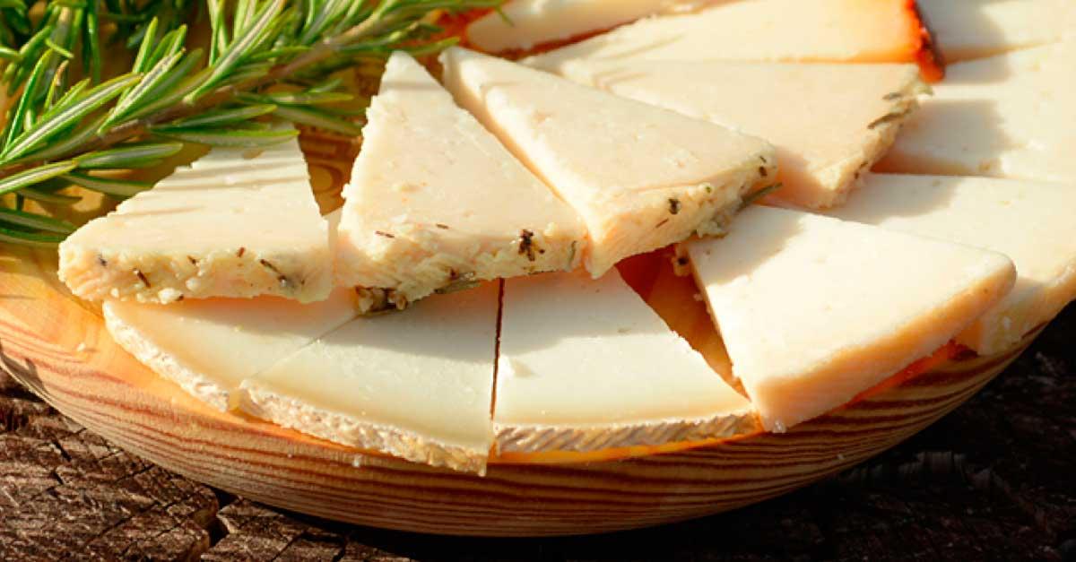 Cabra payoya jamones sime n - Beneficios queso de cabra ...