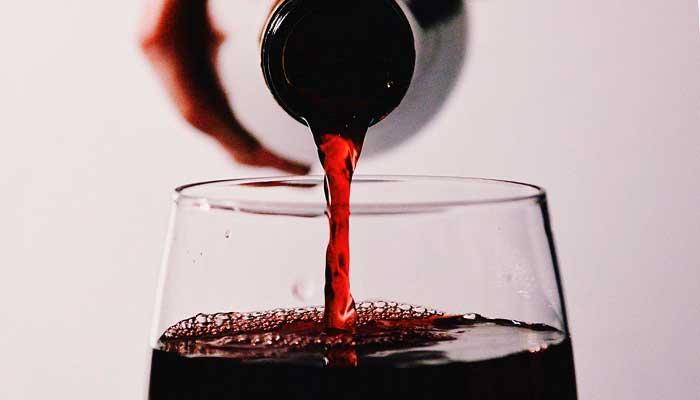 10-beneficios-del-vino-tinto-para-tu-salud-jamones-simeon-3